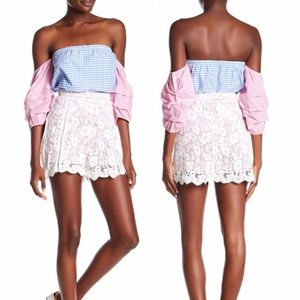 NWT Romeo & Juliet Couture Crochet Lace Shorts